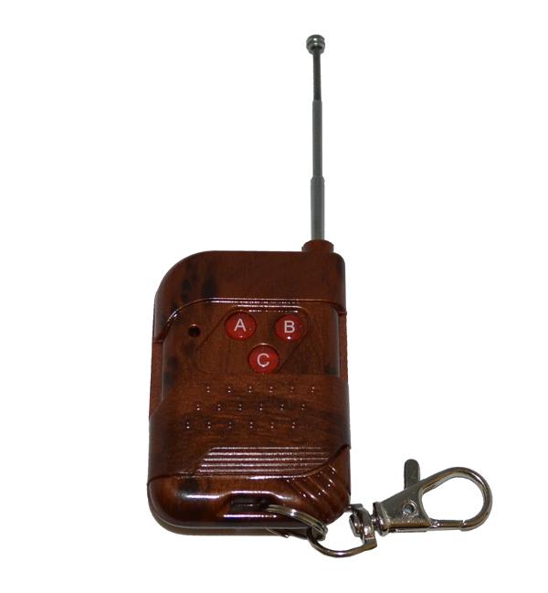 Беспроводной комплект управления освещением 12В/220В диапазона 433 мГц (3 приемника по 1кВт)