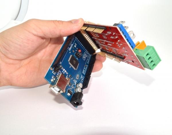 Arduino Mega 2560 -16U2 - аппаратно программная платформа для быстрой разработки электронных устройств.