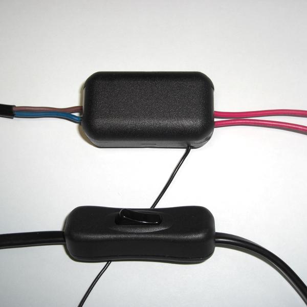 В собранном виде МК333 соизмерим с обычным выключателем